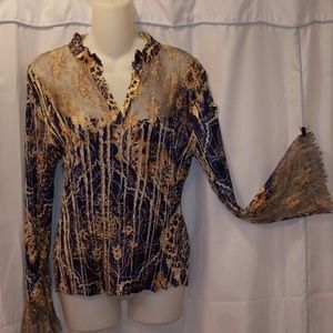 Komaro long sleeve blouse Size M